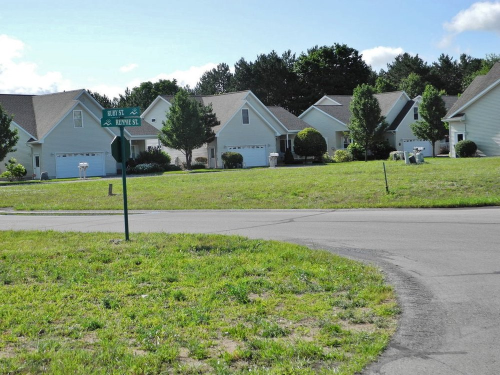 Units 48 & 49 Ruby Street - For sale by Oltersdorf Realty LLC (4).JPG