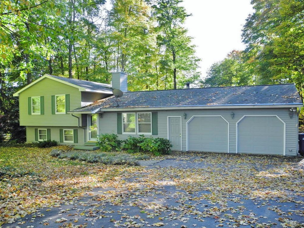 4513 Summit View Drive, Traverse City - Sold by Oltersdorf Realty LLC (2).JPG