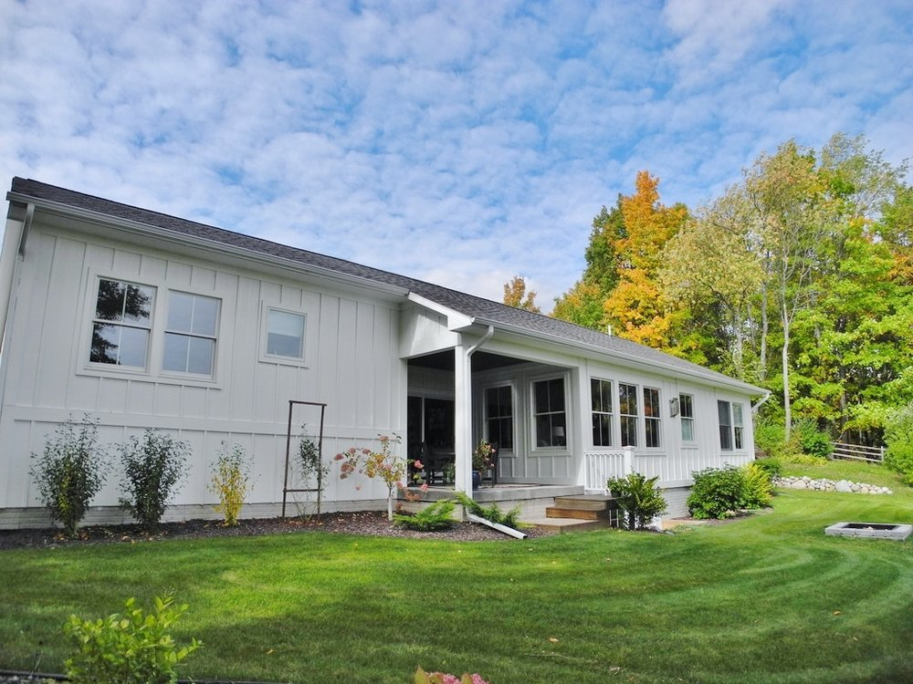 8127 S Shoreside Drive, Traverse City, MI – Newly Constructed Ranch Home with Water Views - For Sale by Oltersdorf Realty LLC (7).JPG