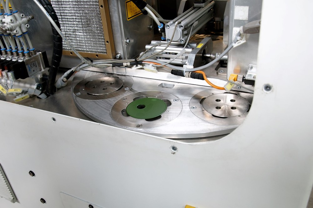 Selectief decoaten van Ferro-product middels SLCR-lasertechniek
