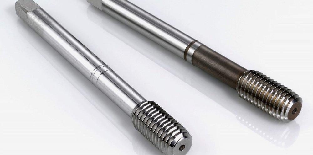 schroefdraad tools ontbramen - Ontbramen en verronden van gereedschap t.b.v.het aanbrengen van inwendige schroefdraad.