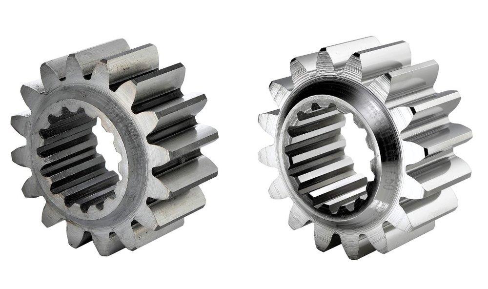 automotive onderdelen afbramen en polijsten - In de motorsport is een lage frictie/wrijving van onderdelen cruciaal t.b.v. slijtage, kracht overbrenging en verbruik.De OTEC SF-techniek biedt uitkomst.