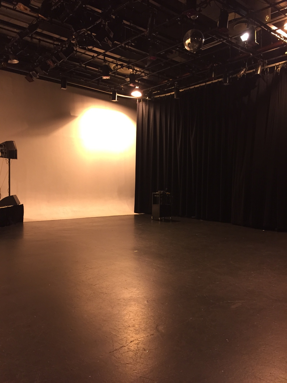 Sound Stage Room Rental - other angle.JPG