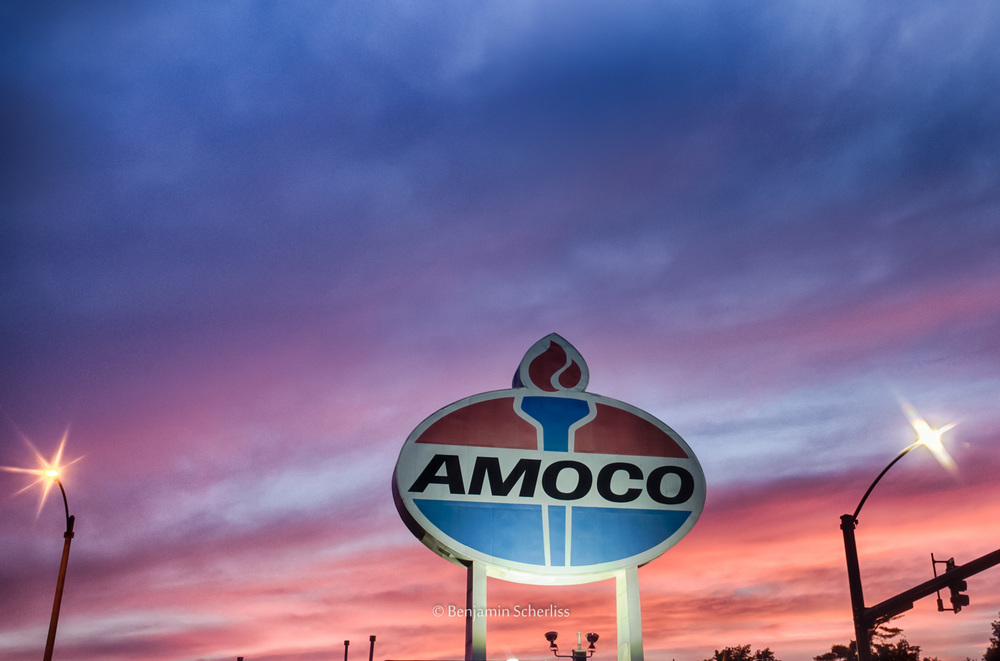 Giant Amoco Sign