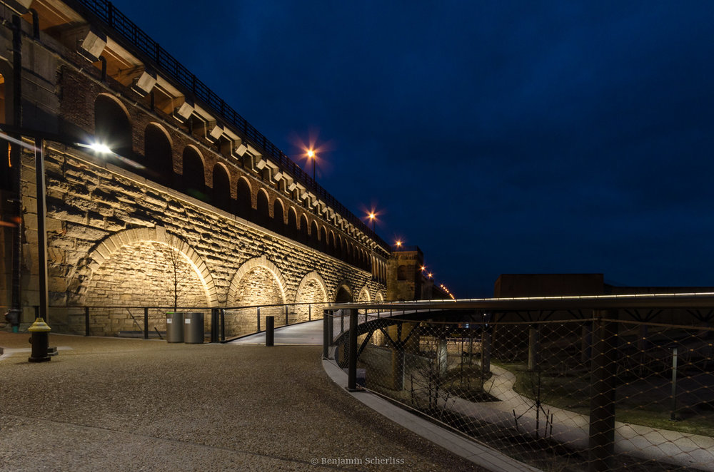 North Gateway and Eads Bridge lighting design by Randy Burkett Lighting Design for CityArchRiver Project.
