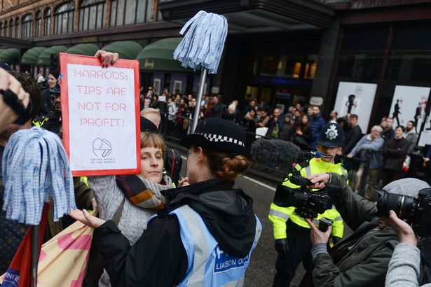 Harrods-workers-protest-chaos-over-services-charges (1).jpg
