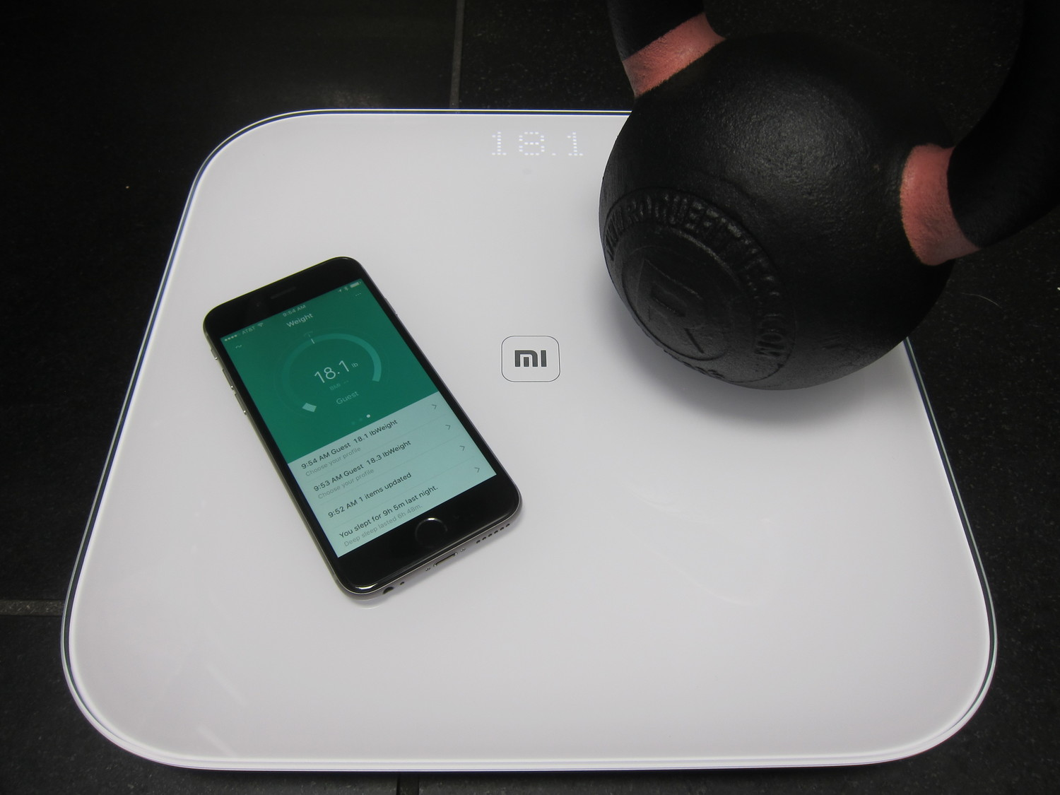Xiaomi Mi Scale: Get ready to hate whatever stupid inferior scale is sitting in your bathroom — Insignificant, but with purpose
