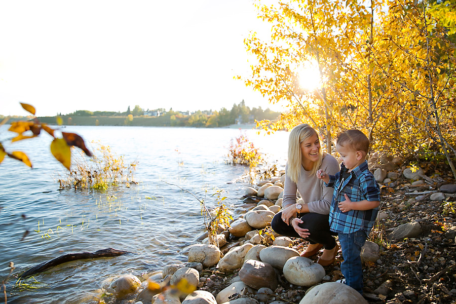 Calgary Family Photographer (Photo by Dana Pugh) danapugh.com
