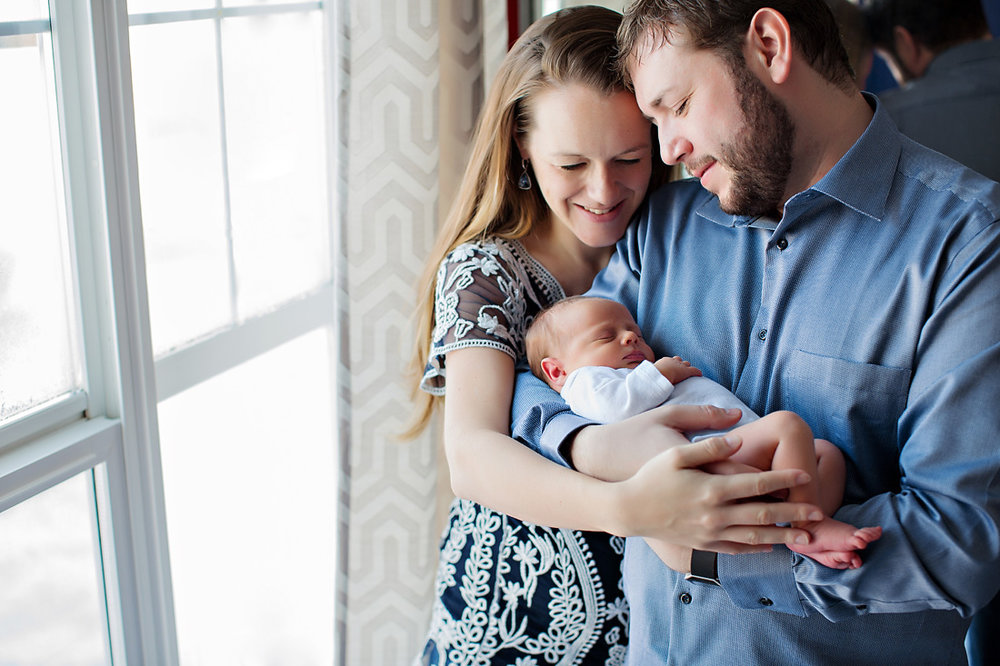 Calgary_Newborn_Photographer_010.JPG