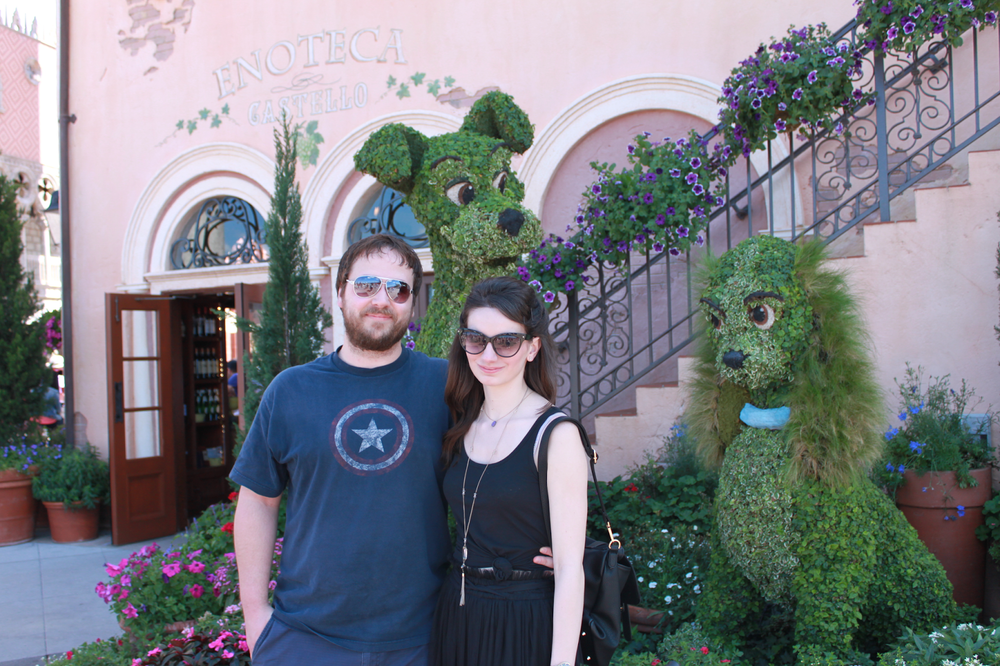 epcot-puppies-lady-and-the-tramp-topiaries-garden-festival.png