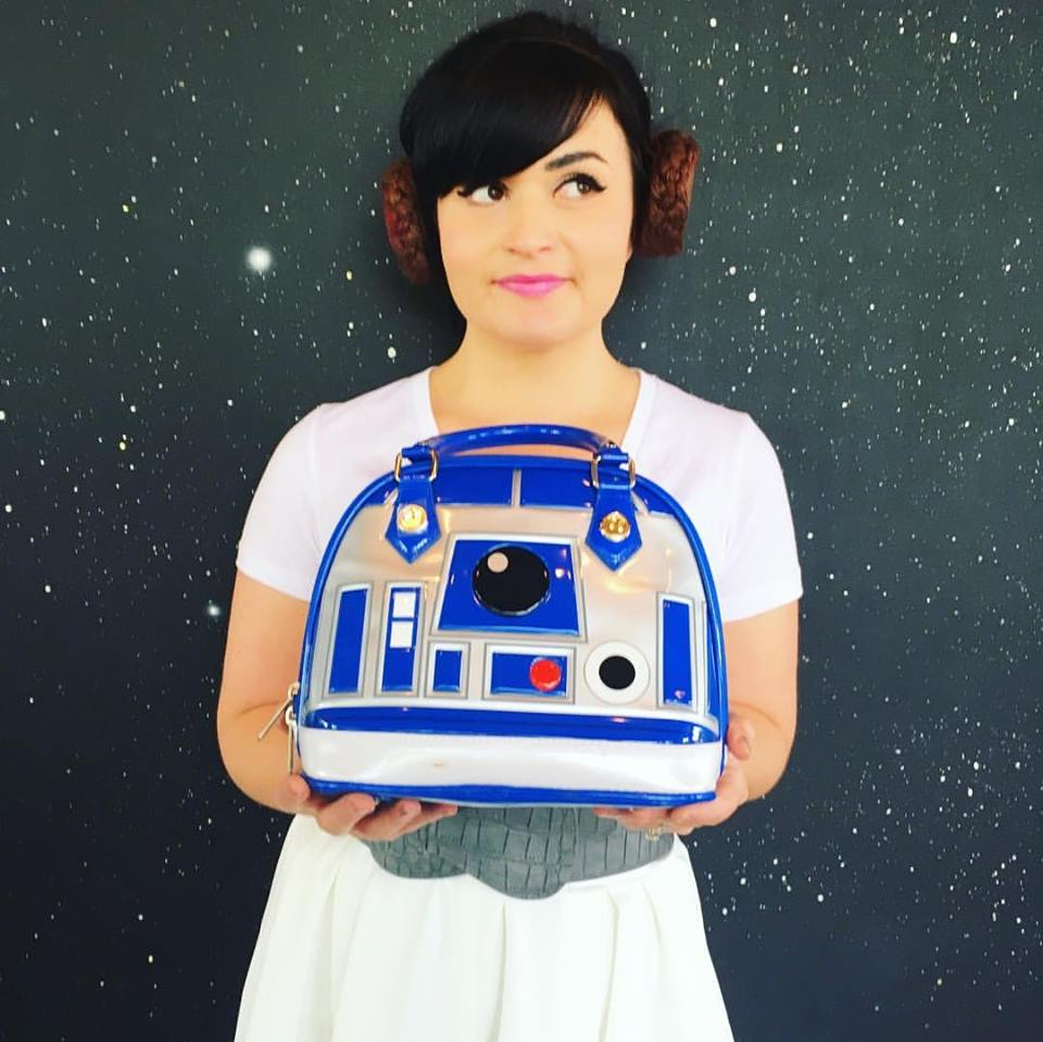 Melanie as Princess Leia with her R2D2 handbag!