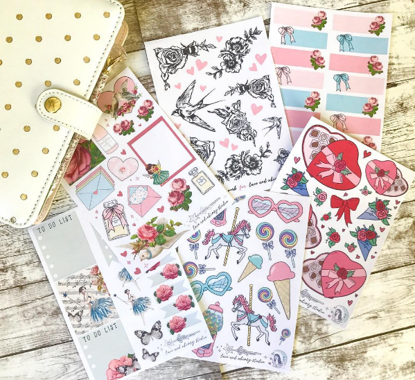 Credit to @ papergoldmine  who is giving me serious sticker envy. All  sticker sheets  from Lace & Whimsy.