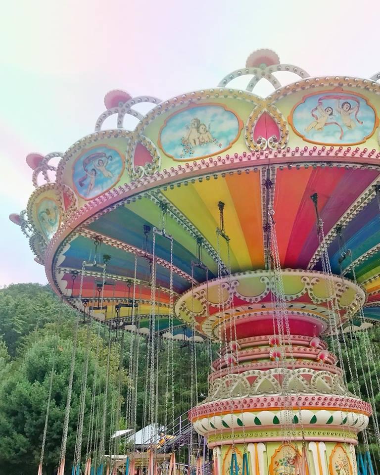 knoebels-swings-rainbow.jpg