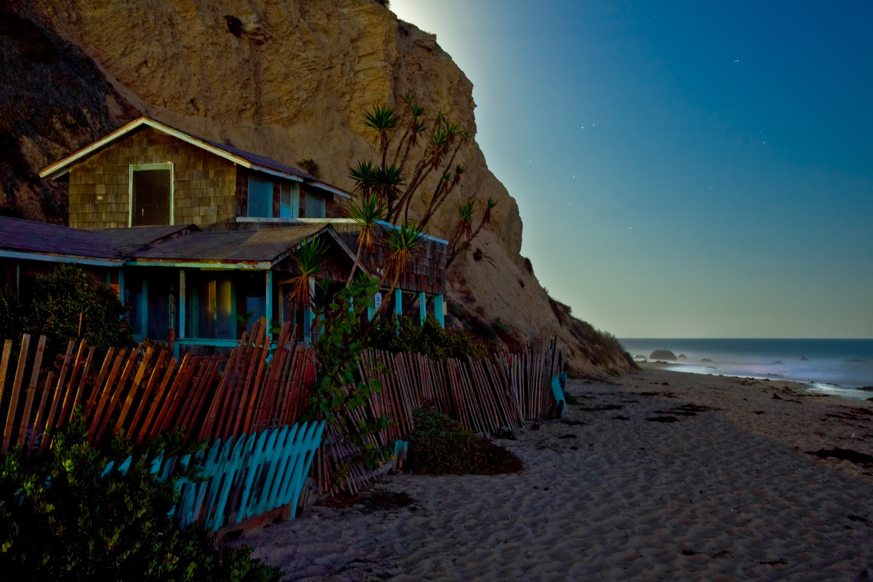 1459_1moonlight_cottage_crystal_cove