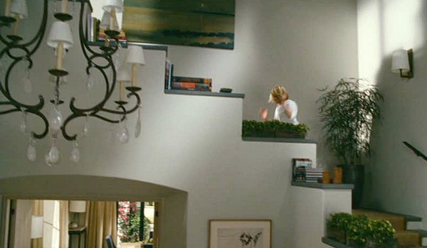 The-Holiday-movie-Amandas-staircase