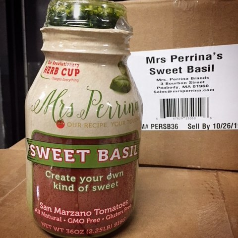 🍅🍅🍃🍃🍃🌱🌱New Flavor Alert. #sweetbasil hitting the shelves next week . . #mrsperrinamarinara