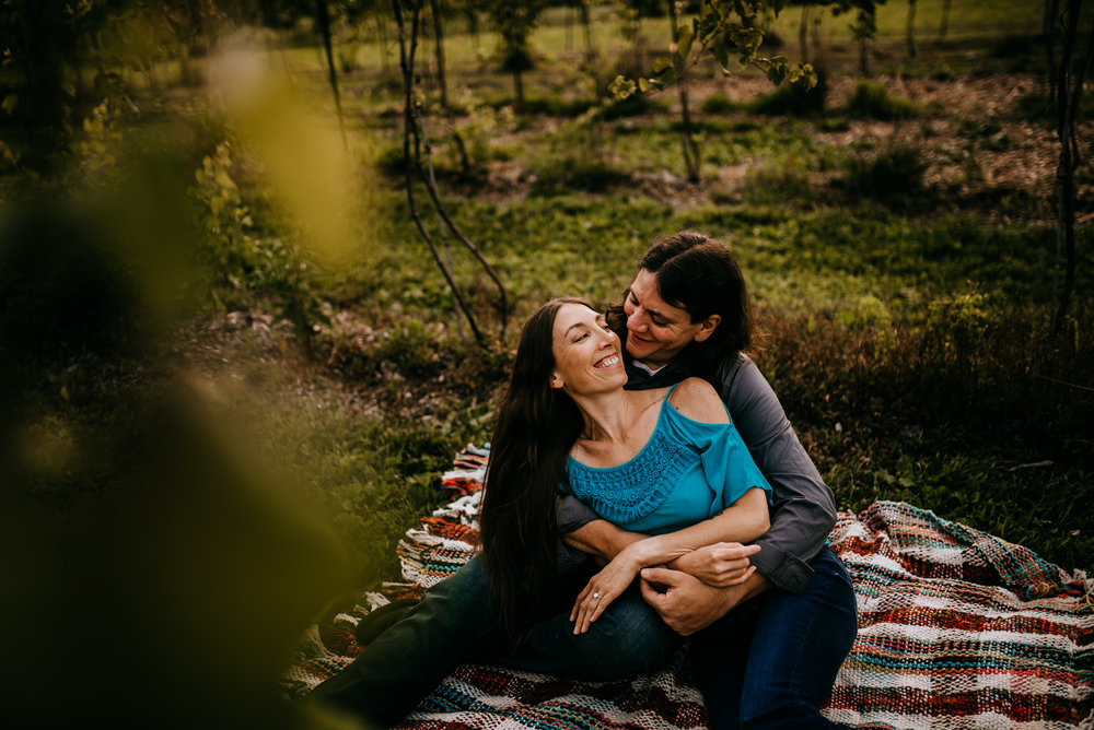 Stephanie Vasiliadis Photography Mountain View Vineyard Engagement 5