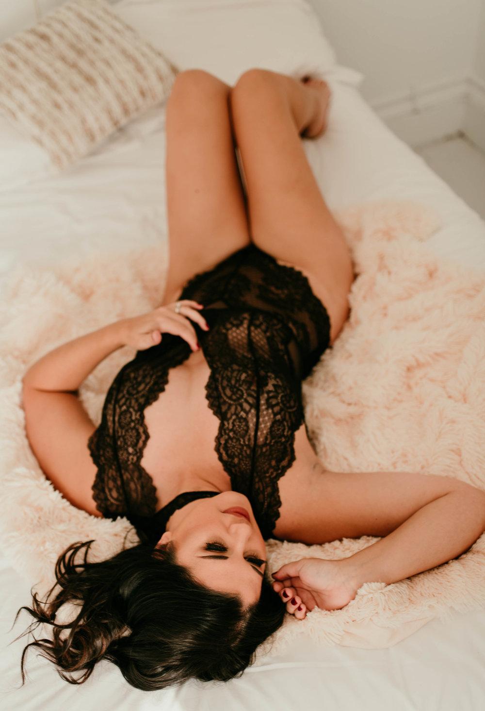 Stephanie Vasiliadis Photography | Lehigh Valley Boudoir Photographer | Lehigh Valley Boudoir Photgraphy