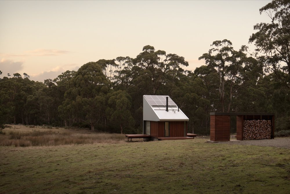 2017 Bruny Cabin - Maguire Architects photo by Rob Maver (12 of 12).jpg