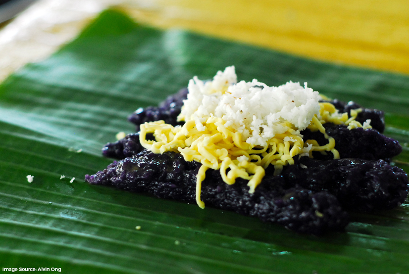 Puto bumbong at Bibingka