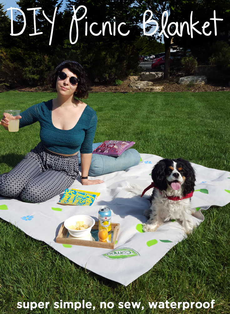 DIY Picnic Blanket Tutorial_Waterproof_No Sew_Compo_Easy_Picnic Must Have.jpg
