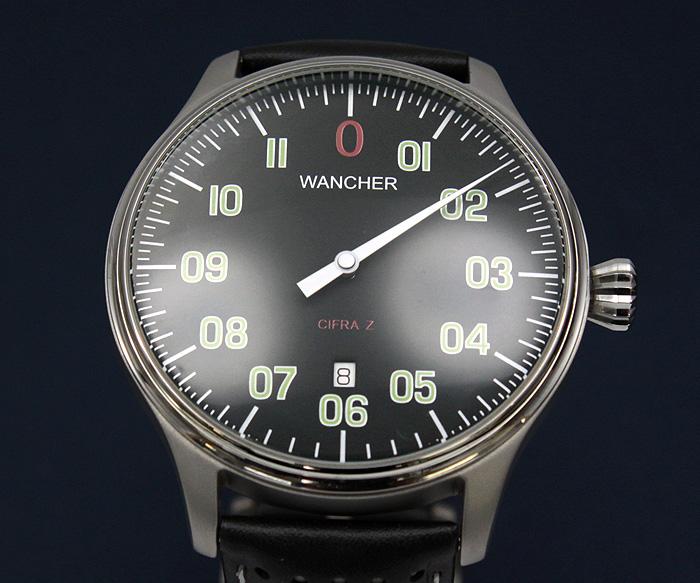 ワンハンド - 時計デザインの伝統と革新が見事に融合した1960年代~70年代、それは、戦闘機のコクピットに並ぶ密計器を思わせる研ぎ澄まされた針を一本だけ持ち、ドイツ時計が得意とする、文字盤上を12時間かけて一周しながら時刻表示する時計。