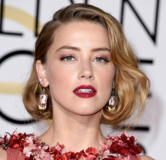 2016-golden-globes-amber-heard.jpg