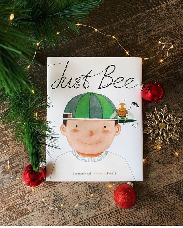 Excited to put 'JUST BEE' under the tree this year!!! 🎄🎁🐝 We think the greatest gift of all is that of your authentic self! That's why we hope you share moments and stories with your little ones that inspire them to be who they truly are!!! . Thank you @wovenchildhood for your beautiful photo and write up about our book! ❤️