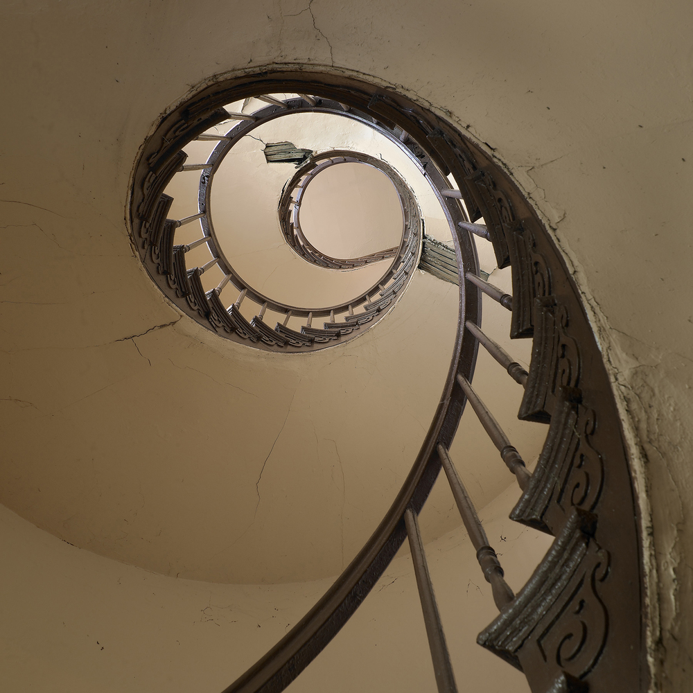Spiral Staircase, Charbonnet House   , French Quarter, New Orleans, 2004 ©Richard Sexton