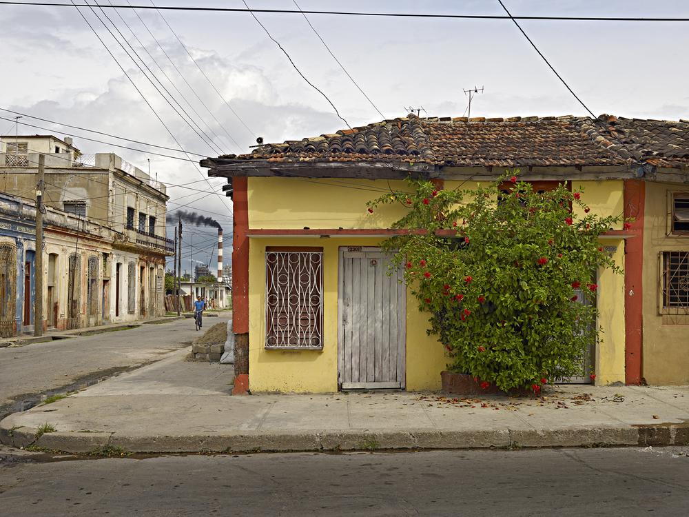 Street Scene   , Cienfuegos, Cuba, 2009 © Richard Sexton