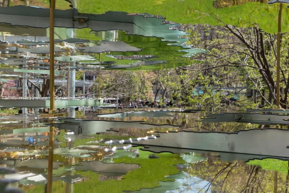 Teresita Fernández,  Fata Morgana , 2015. Courtesy the artist, Lehmann Maupin, New York and Hong Kong, and Anthony Meier Fine Arts, San Francisco. Photograph by Yasunori Matsui/Madison Square Park Conservancy; © Teresita Fernández