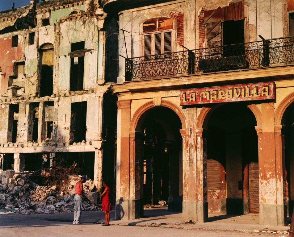 Carlos Garaicoa_La Maravilla, 1995_6