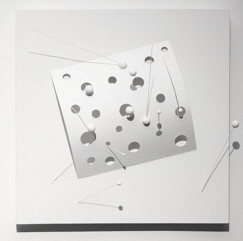Carlos Medina. Superficie con Neutrinos II, der . 2014, acrylic and white vinyl acylic paint.