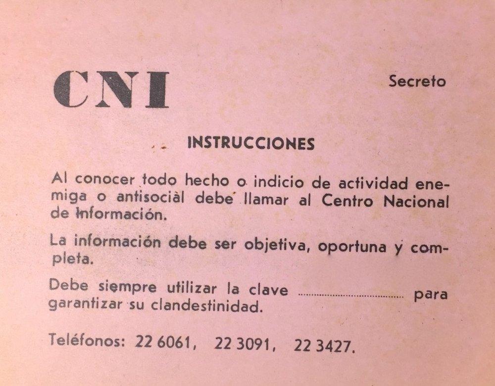 Tarjeta del Centro Nacional de Información. Colección Cuba Material.