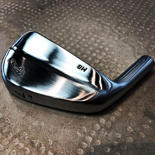 Fujimoto FT-1 Lefty Blade. Simply stunning #leftygolf #leftygolfer #fujimotogolf #torquegolffitting #torquegolf