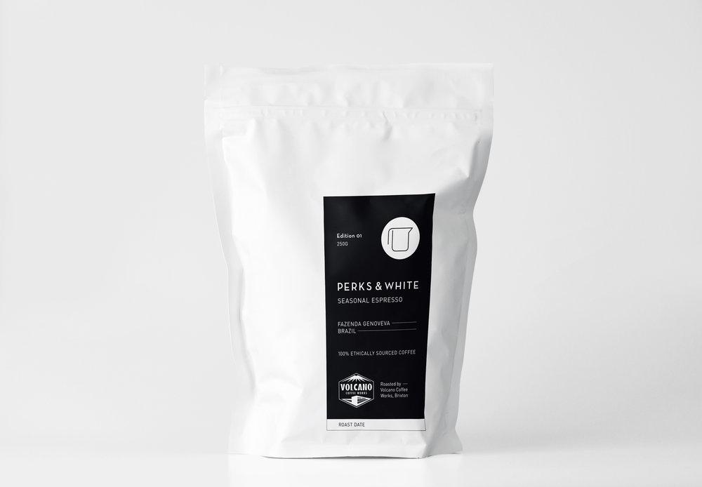 p&w_coffee-bag_mockup_01.jpg