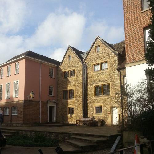 Oxford University3.jpg