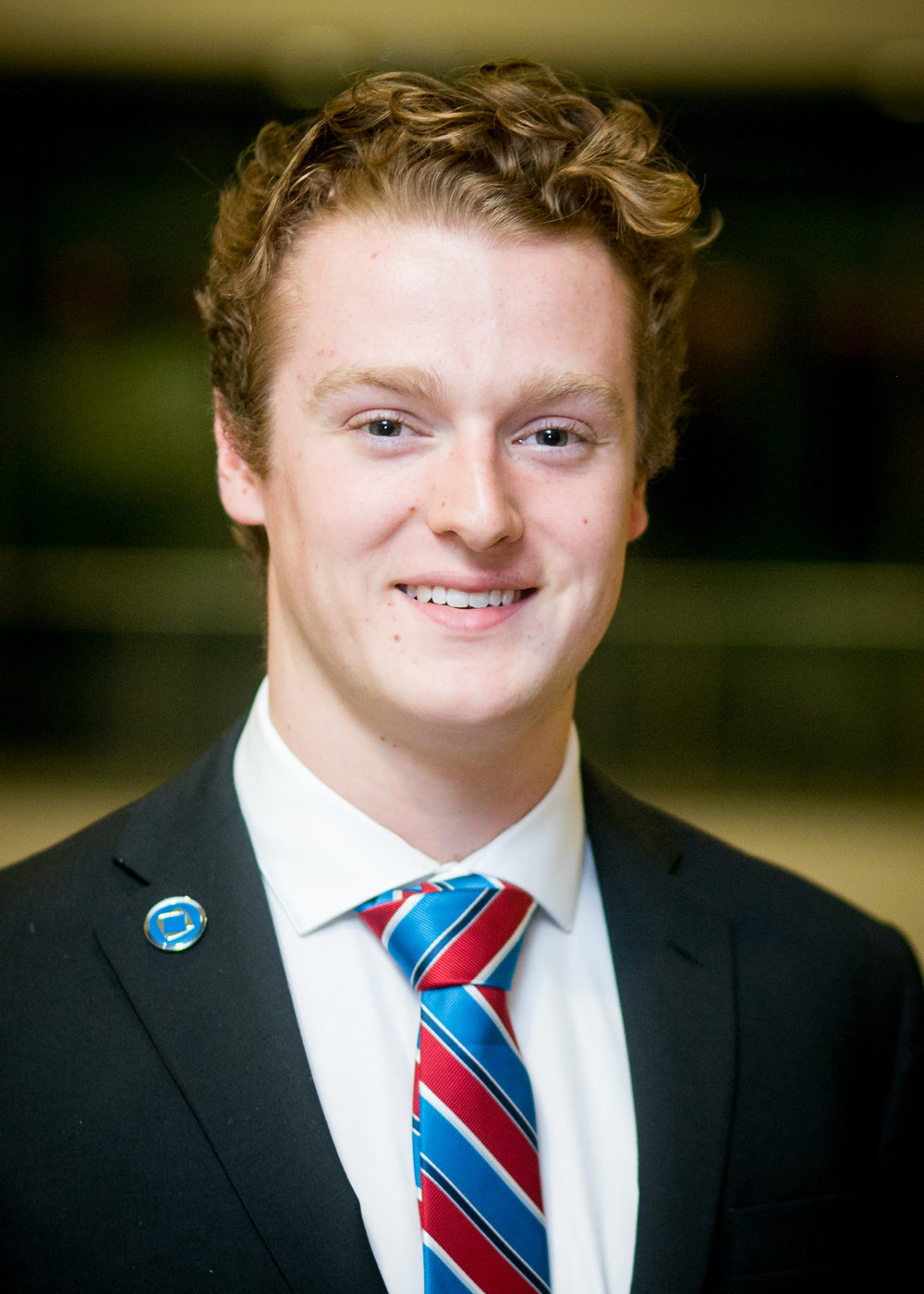 "DIRECTOR, CORPORATE RELATIONS   Zack Gonneau is a second-year International Business student minoring in Spanish. Zack is very excited to be the Director of Corporate Relations for Carleton DECA this academic year. He is passionate about sports and believes that it takes a whole team to be successful and not just individuals. Zack is eager to start building his professional network and to dive head first into the business world.    ""Life isn't about the years we live, it's about the connections we make and the experiences we have."""
