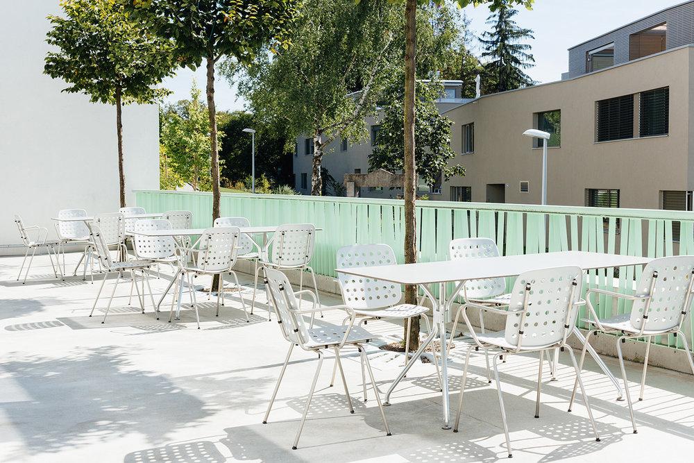 Alterszentrum Weihermatt - Stuhl Coray / Tisch Alu6