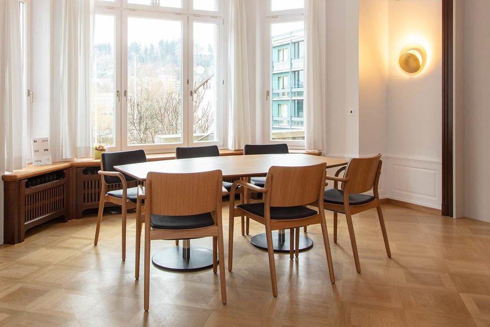 Alters- und Pflegeheim Notkeranium II - Holzstuhl Viena