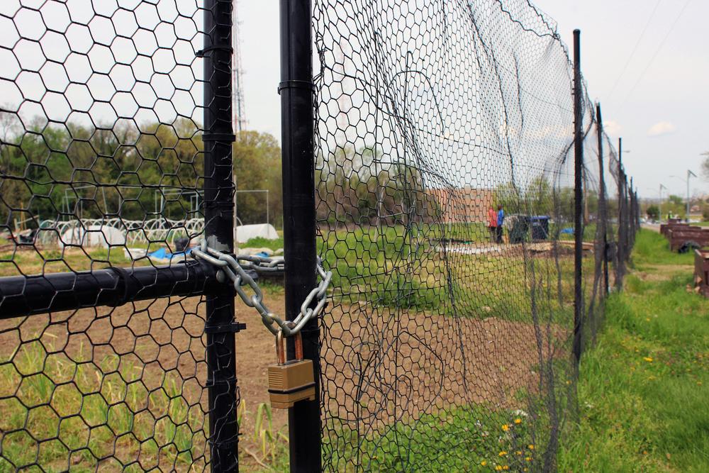 garden-lock.jpg