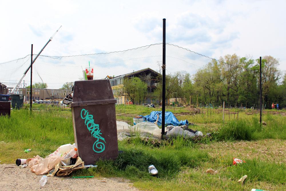 garden-trash.jpg