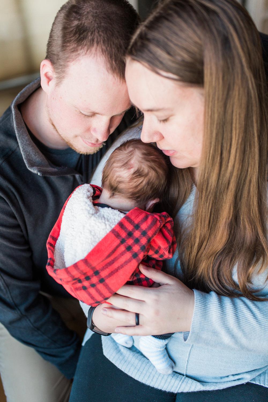 Frusti Newborn-4.jpg