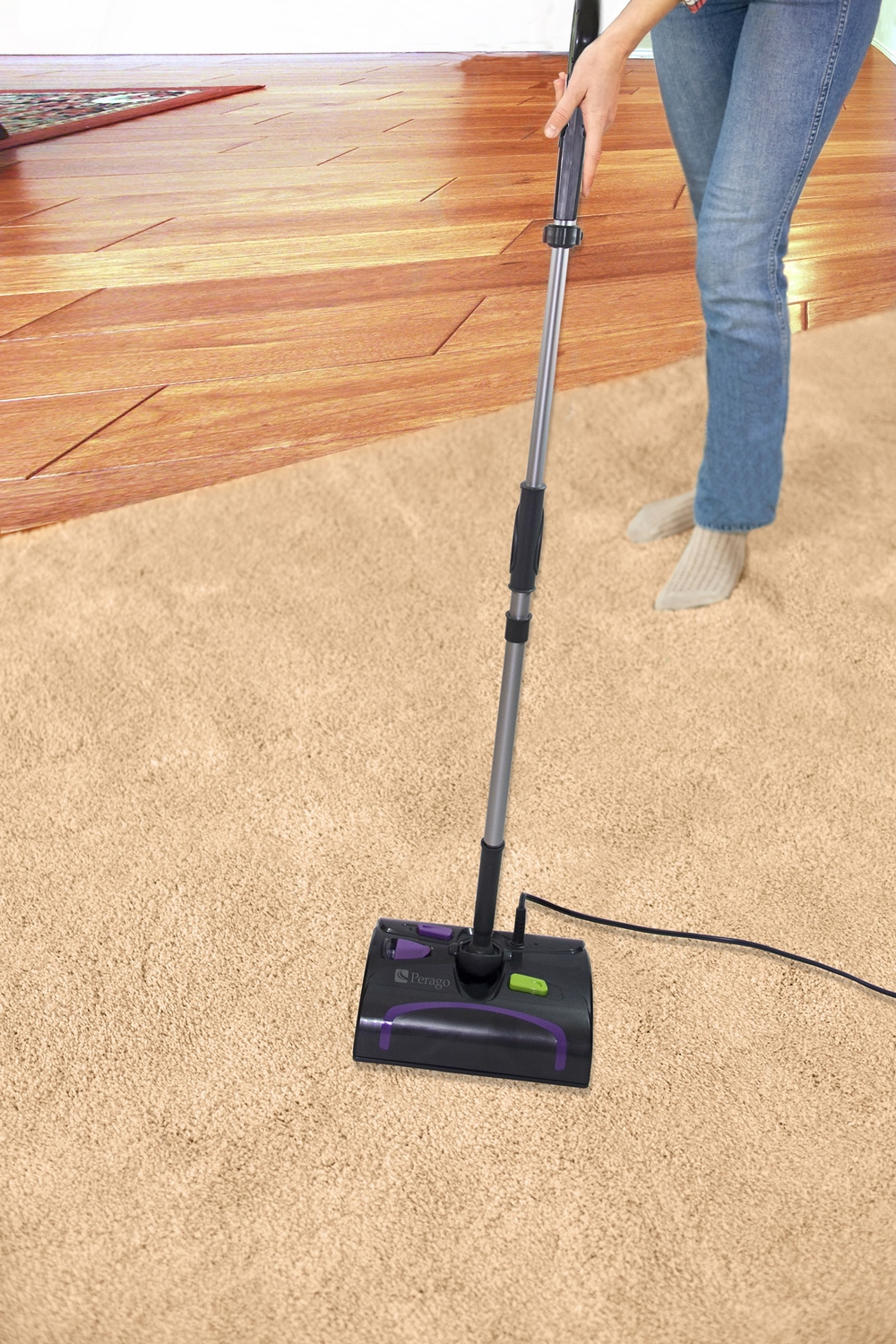 WOMAN USING DUO SWEEPER.jpg