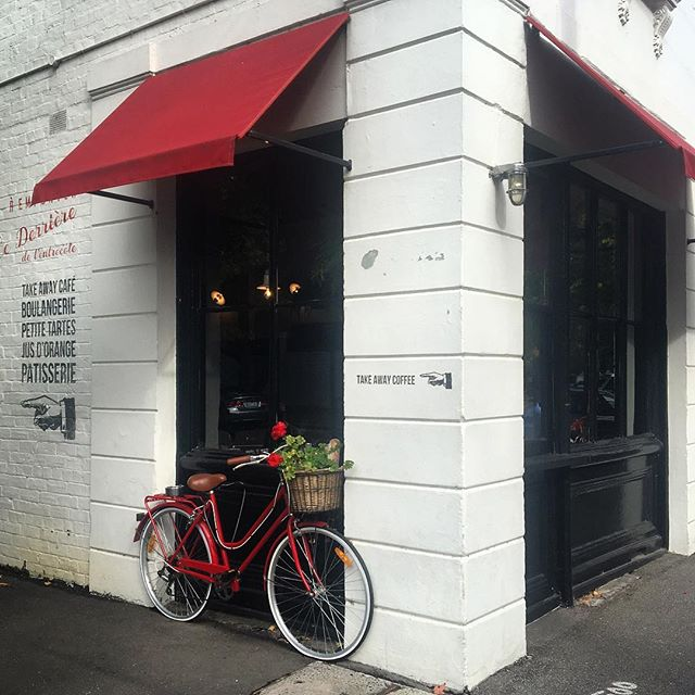 A piece of Paris in Melbourne @entrecotemelbourne 🚲