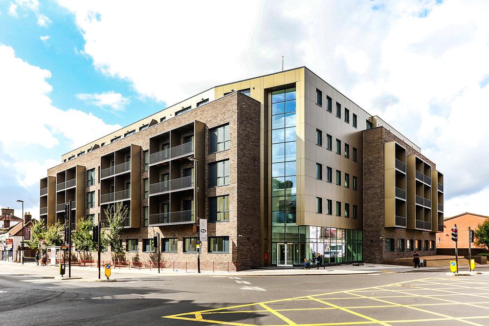 Central Cross - Croydon, UKMaterialsEtalbond FR Anodised Look C32 AluminiumSecret Fix Sika Support SystemU-value Assessment