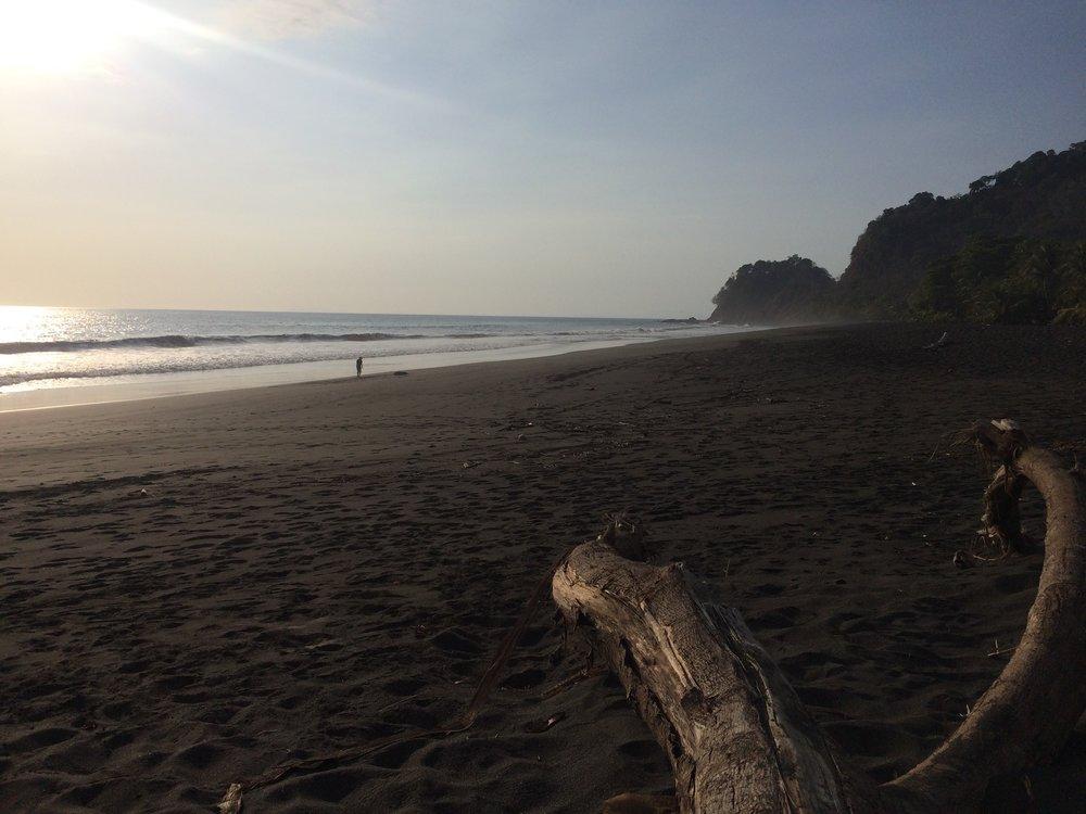Playa Hermosa.jpg