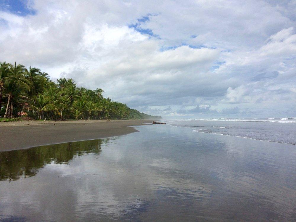 Playa Esterillos.jpg