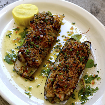 Razor Clams Casino                    Pair With Nº 19 Chardonnay