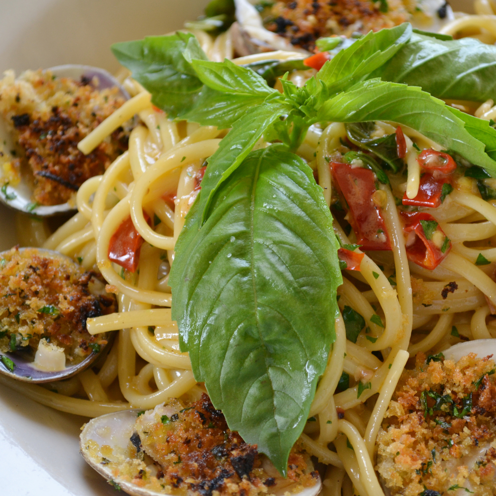 Clams Linguine Aglio